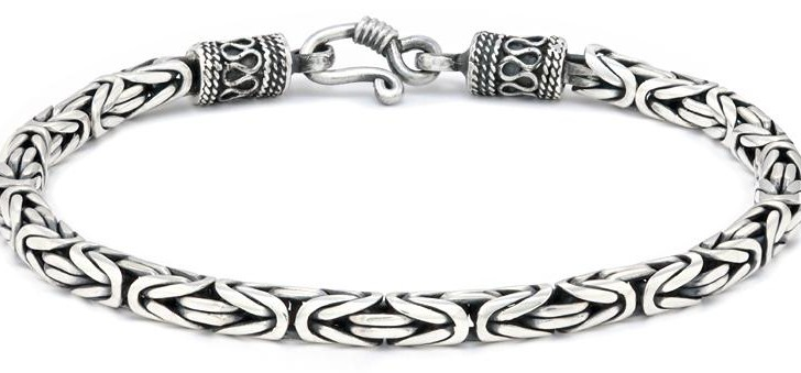 Different Styles and Designs of Sterling Silver Bracelets