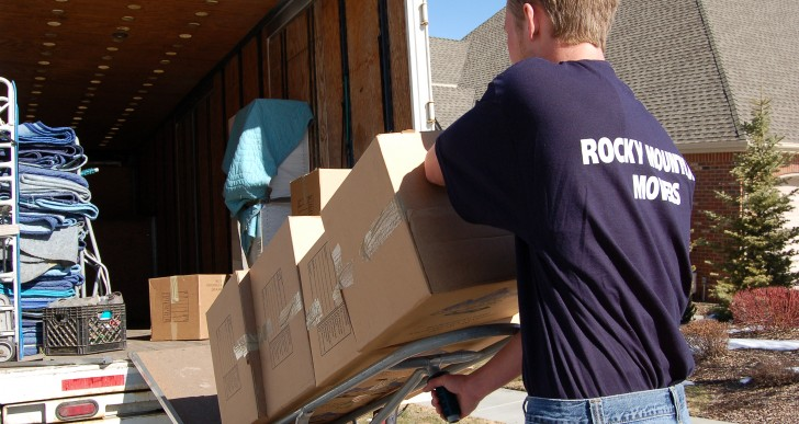 Three Questions to Ask Professional Movers