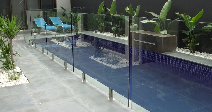 What to Consider For a Swimming Pool Fence