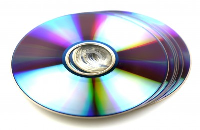 Online CD Duplication Services – Advantages And Disadvantages