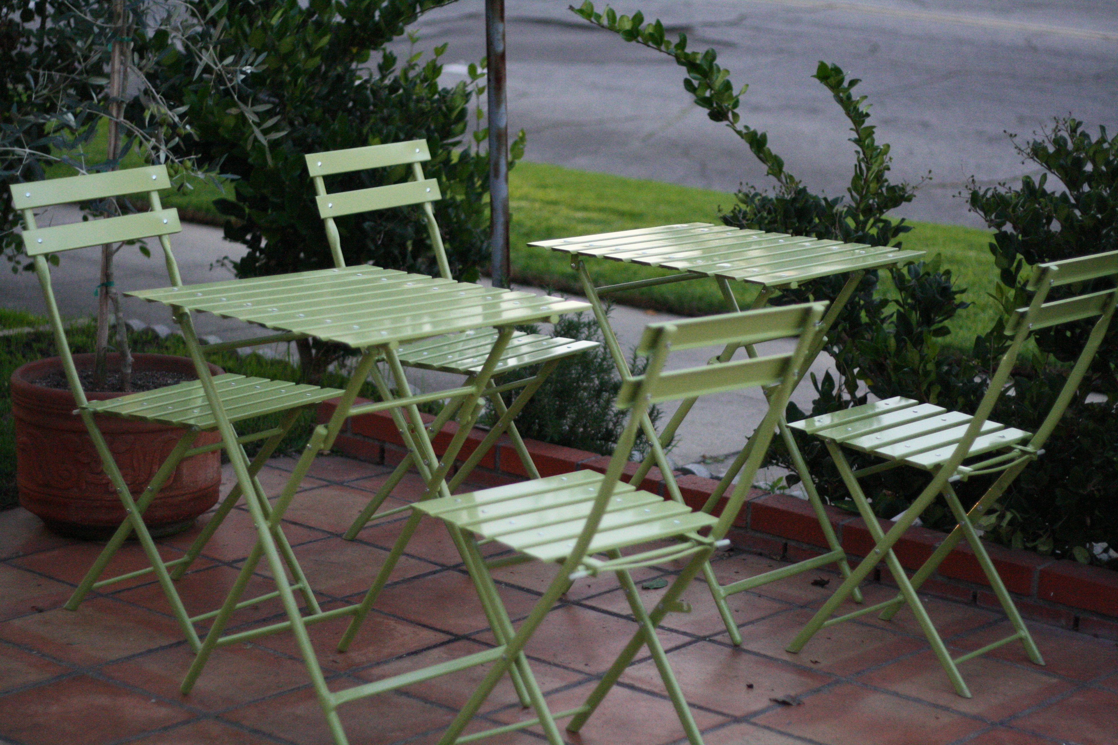 c13 image green table
