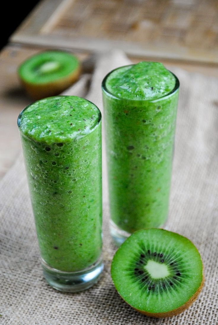 Green Kiwi Smoothie!