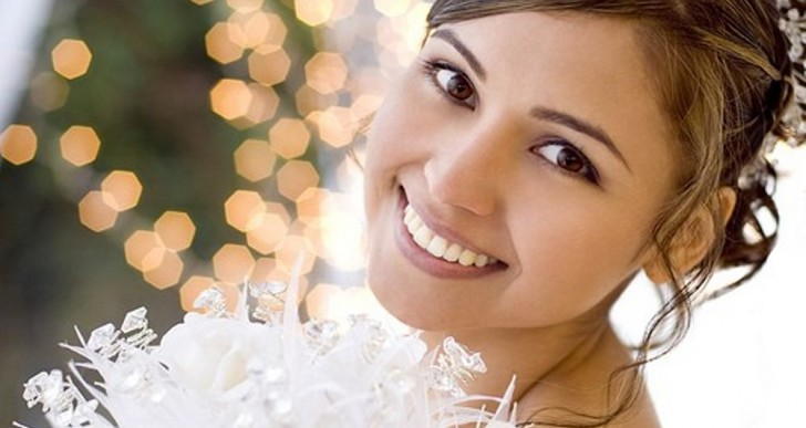 Get A Sparkling Smile For Your Wedding Day