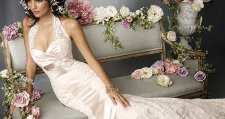 How to Achieve Different Looks with One Wedding Dress