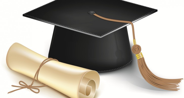 How to Host a College Graduation Party on a Tight Budget